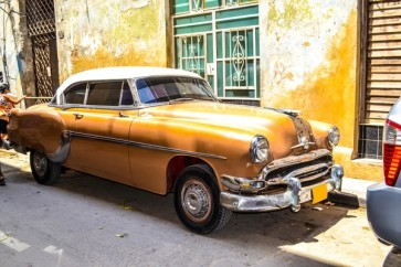 American and Soviet Cars 1950 - 1960 From Havana